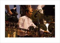 Myanmar meets Europe @MoersFestival 2012 – Hein Tint_pat waing (diatonic circle of drums)
